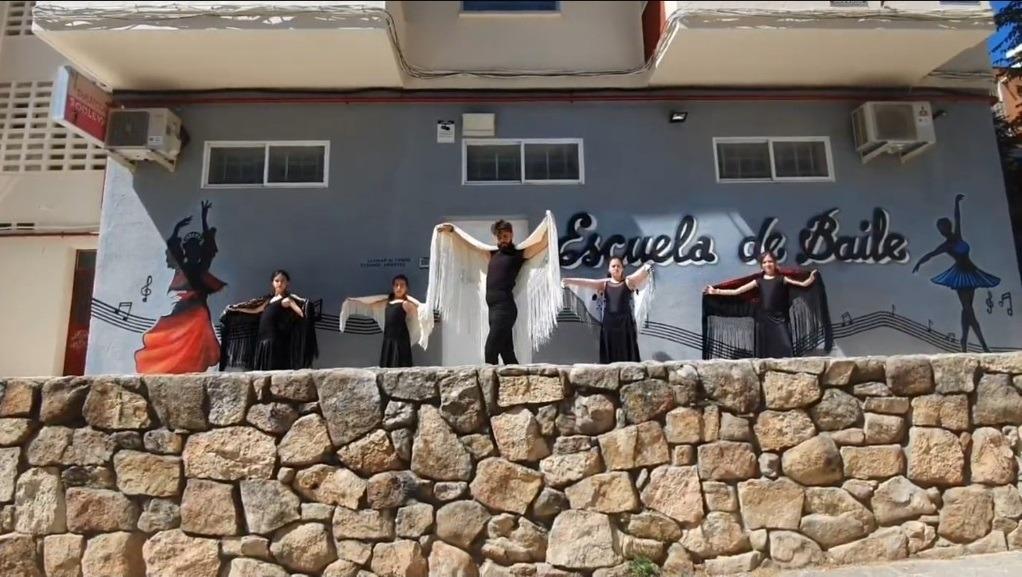 Clases danza española y flamenco